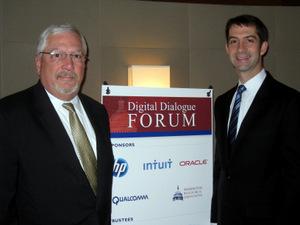 HP's Randy Dove welcomes Senator Cotton to DDF